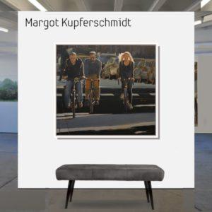 """Dran bleiben <br><a href=""""https://arte-kunstmesse.de/margot-kupferschmidt/"""">Margot Kupferschmidt</a>"""