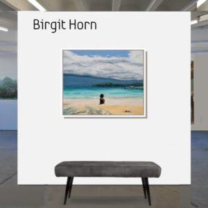 "She <br><a href=""https://arte-kunstmesse.de/birgit-horn/"">Birgit Horn</a>"